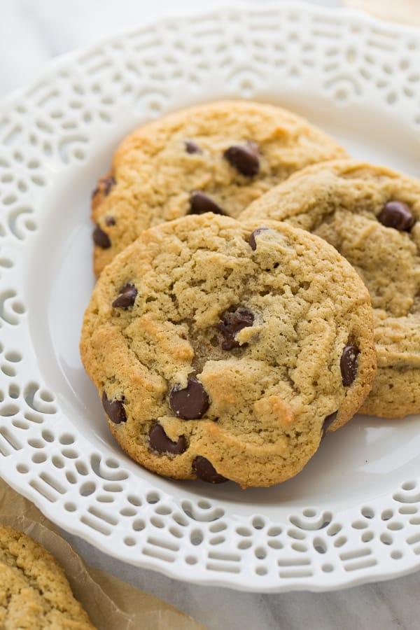 Almond Flour Chocolate Chip Cookies {Grain-Free