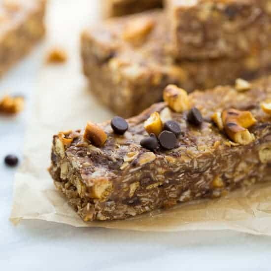 No-Bake Healthy Chocolate Pretzel Snack Bars {Gluten-Free}