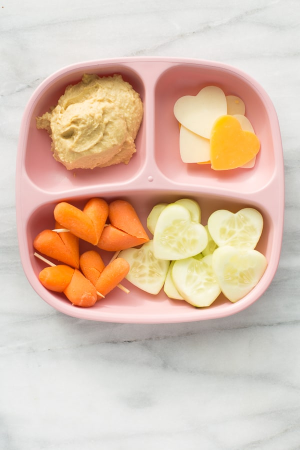 4 Kids Valentine's Snack! Easy, healthy snacks for the little loves in your life. Perfect for Valentine's Day Class parties and playdates! (Gluten-Free)