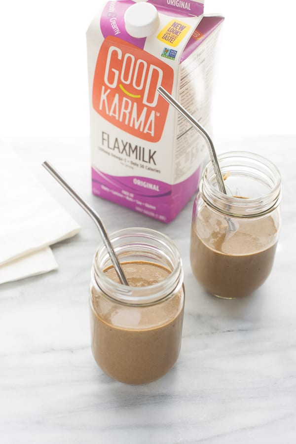 Chocolate Flax Superfood Shake! A creamy, healthy way to start your day. Kid-friendly and tastes like a treat!